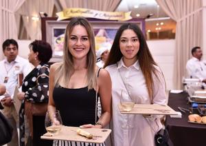 28092019 Karla Savage y Mayra Buenfil.