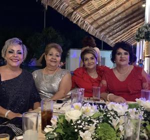 29092019 EN RECIENTE EVENTO SOCIAL.  Irma, Rosy, Mayela y Lucy.