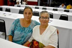 30092019 Claudia y Josefina.