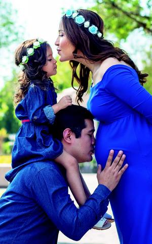 29092019 Neri Aguilar, Alex Aguilar y la pequeña Mía esperan la llegada del nuevo integrante de la familia, Ian Alejandro.
