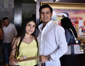 28092019 Leslie Zermeño y Alan Campos.