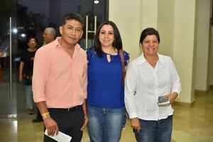 01102019 Javier, Claudette y Marcela.