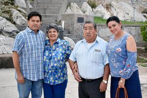 02102019 Ángel, Evangelina, Mary y Manuel.