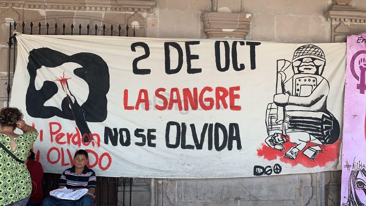 Duranguenses conmemoran el 2 de octubre