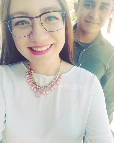 Erika y Mireles.