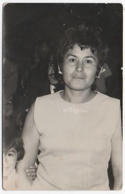 En memoria de la inolvidable María Feliz Ocampo M. La recuerdan con amor sus hijos y nietos a 6 años de su partida.