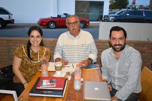 07102019 Mary Gaby, Alfredo y Guillermo.