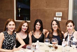 Norma, Vero, Celina, Gloria y Liliana.