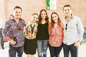 Iván, Mónica, Fernanda, Marcela y Luis.