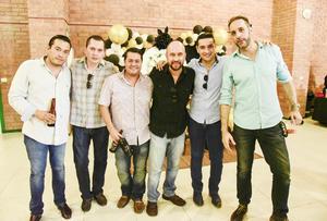 Javier Rodríguez, Fernando López, José Chavez, Roberto Jiménez, Óscar Jiménez y Luis Alvaro.