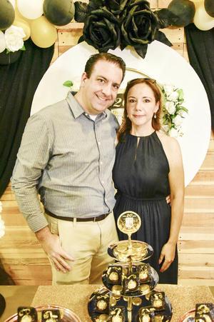 Óscar Lopez y Margarita Villarreal.