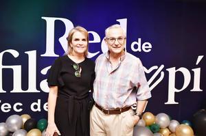 Adolfo y Cristina Sesma.
