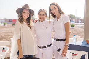 Daniela, Ana y Emilia.