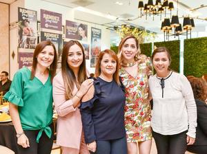 Baetty Perez,Laura Ibarra,Isela Rodriguez,Jenifer Beuchot y Mayela Mijares.