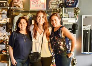 Claudia,Valeria y Valeria.