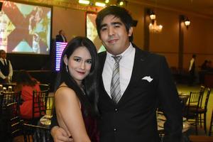 09102019 BAILE DE NOVATOS.  Pamela y Francisco.