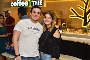 09102019 Sebastián y Mariana.