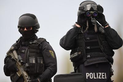 Autoridades reportaron un detenido tras el ataque que fue calificado por el gobierno de 'terrorista'.