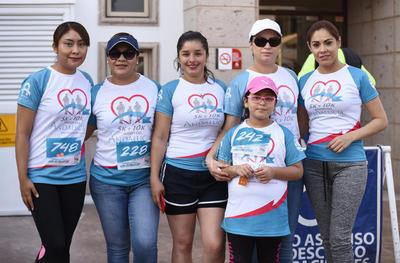 Tatiana, Ariana, Vanessa, Adela, Valentina y María.
