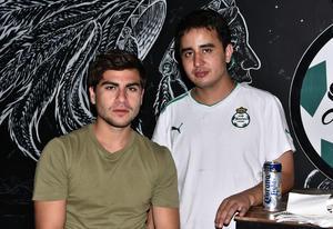 11102019 Manrique Uribe y Adrián Fernández.
