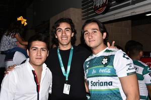 11102019 Víctor, Juan Pablo y Enrique.