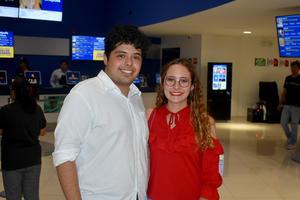 11102019 Arturo y Mía.