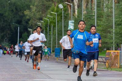 Tras las rifas, los corredores regresaron a su casa con una sonrisa en el rostro y la satisfacción de una buena causa.