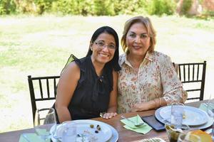 12102019 Mireya y María Esther.