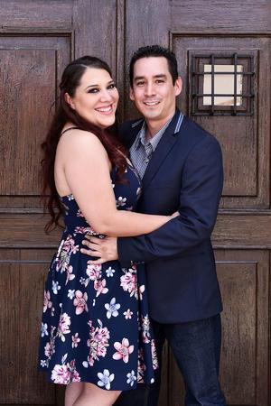 12102019 DESPIDEN SU SOLTERíA.  Julia Natalia Saldaña Rojas y Jesús Fraire Cardiel próximamente unirán sus vidas para siempre.