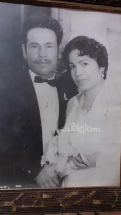 Roberto Orozco y Guillermina Loera cumplirían 60 años de casados el 10 de octubre. Se les recuerda con cariño.