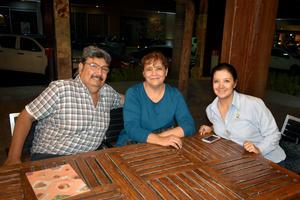 14102019 Ramiro, Luz María y Cristy.
