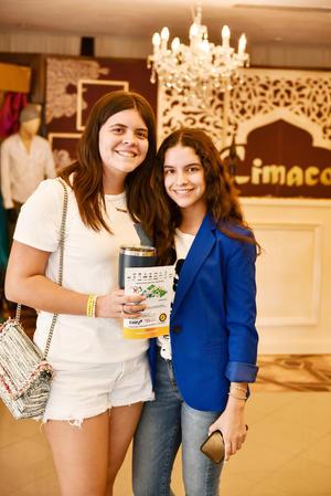 Barbara Martinez y Ximena Galindo.