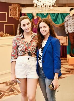 Elisa y Ximena.
