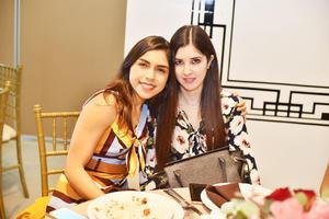 Andrea y María.