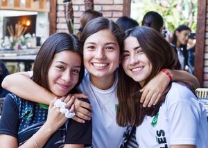 Marisofi Fahur, Pamela Sosa y Valeria García.