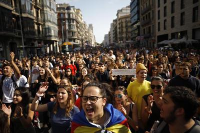 Continúa la tensión en Cataluña.