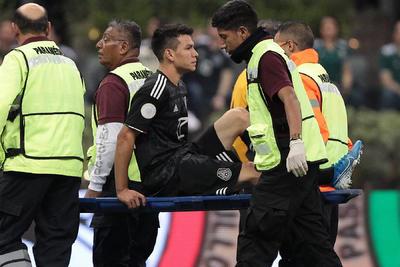 México gana en su regreso al Estadio Azteca