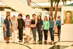 16102019 EN UNA EXPOSICIóN DE PINTURA.  Alicia Serna, Aída Chamut, Rosario Rodríguez, Marcela Lozano, Berenice Gómez, Maribel Rivas, Lupita Martínez y Gabriela Serna.