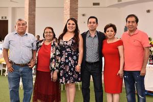 16102019 DESPEDIDA DE SOLTEROS.  Julia Natalia Saldaña Rojas y Jesús Fraire Cardiel se casarán en breve por lo que las Familias Fraire Cardiel y Saldaña Rojas les organizaron una recepción para despedir su soltería.