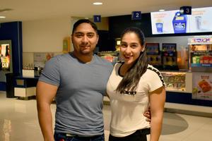 16102019 Omar y Linda.
