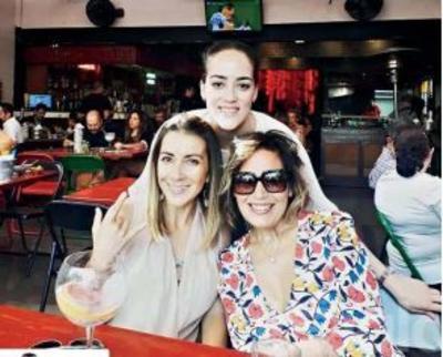 Marisol, Paola y Paola.