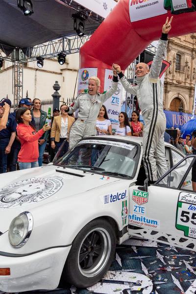 Cordero y Hernández se llevan la Carrera Panamericana