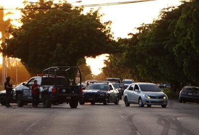 Se reportaron bloqueos y enfrentamientos en al menos 11 puntos de la ciudad.