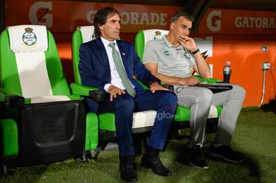 DT Guillermo Almada  Santos vs Tijuana  juego correspondiente a la jornada 14 de la apertura 2019 de la Liga MX en TSM Oficial - viernes 18 de octubre de 2019 21:06h