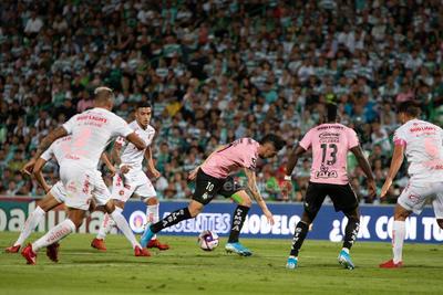 Diego Valdés  Diego Alfonso Valdés Contreras #10 Medio Santos  Santos vs Tijuana  juego correspondiente a la jornada 14 de la apertura 2019 de la Liga MX en TSM Oficial - viernes 18 de octubre de 2019 21:06h