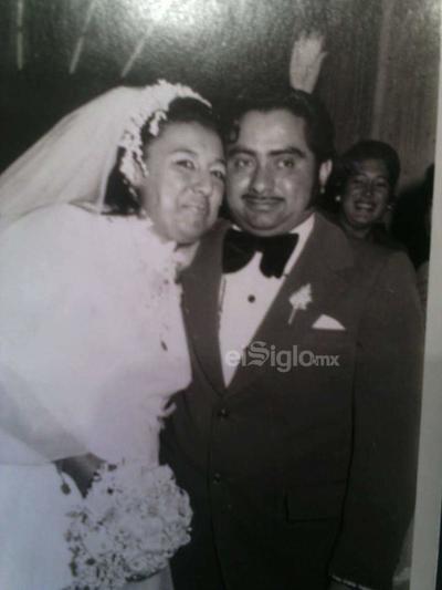 Martha Alicia Domínguez de Rangel y José Carlos Rangel Salazar, se casaron el 26 de octubre de 1974, sus hijos son, Ana Alicia, Karla Inés y José Rangel Domínguez.