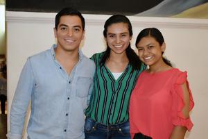 22102019 Arturo, Karla y Lizbeth.
