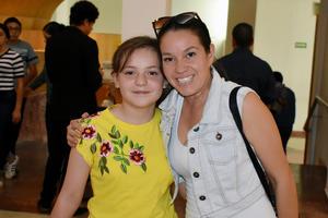 22102019 Daniela y Carolina.