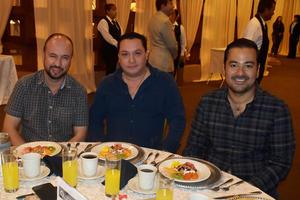 22102019 Roberto, Carlos y Carlos.