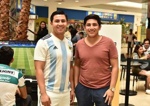 19102019 TORNEO FIFA 2020.  Ricardo y Ernesto.